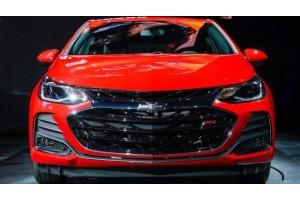 Chevrolet обновила модели Cruze и Spark